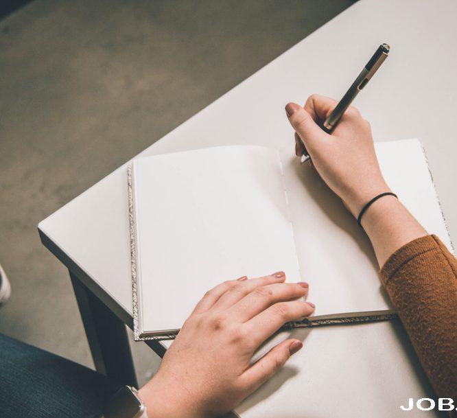 7 Profesi Ini Sesuai Untuk Kalian yang Senang Menulis